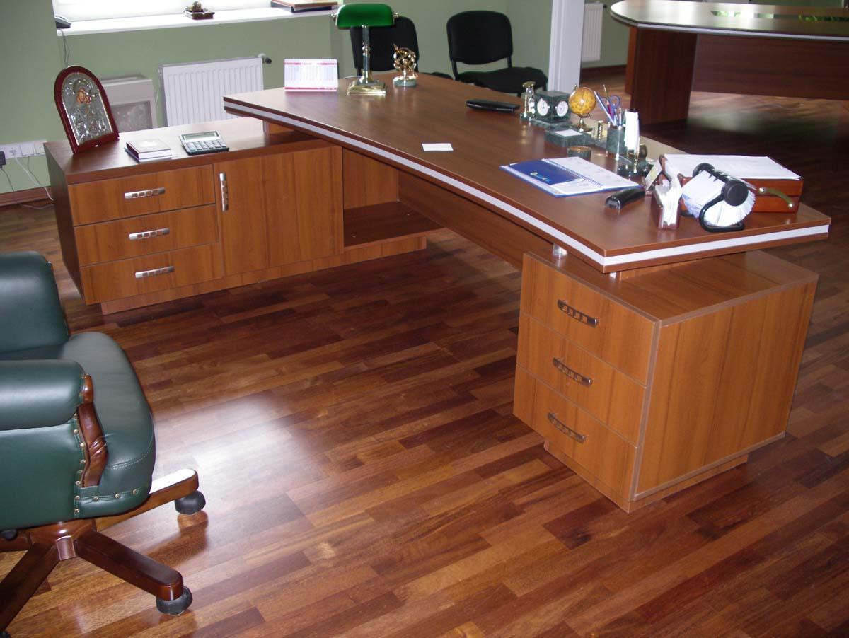 Офисный стол руководителя своими руками